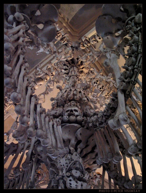 Czech_KutnaHora_Ossuary4
