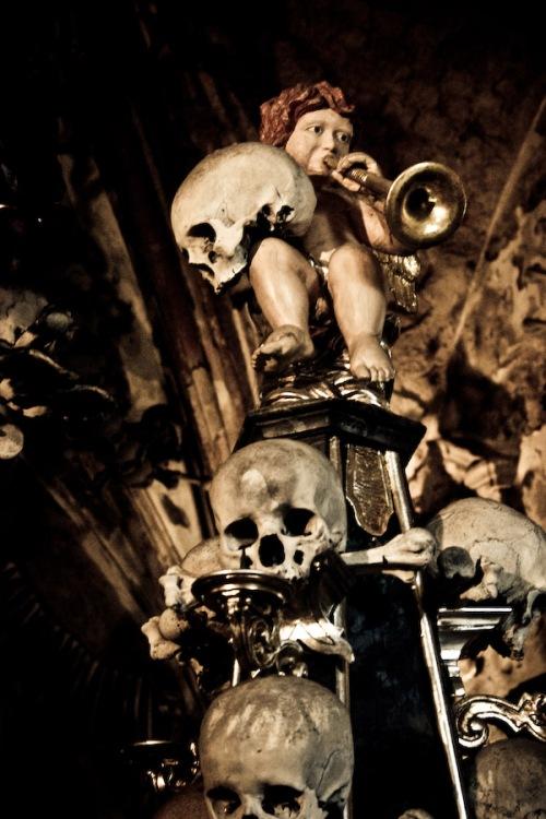 sedlec-ossuary-03-augustus-2007-14u23-2