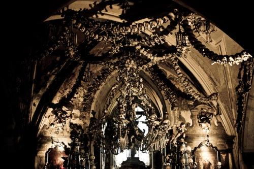 sedlec-ossuary-03-augustus-2007-14u29